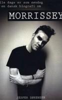 Historien om og værket af det britiske indieikon Morrissey har det hele. Alligevel taber vores danske biografist Jesper Sørensen guldet på gulvet.