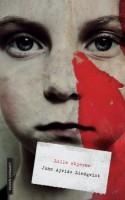 Forfatteren til den uovertrufne, socialrealistiske vampyrhistorie om at blive voksen, LAD DEN RETTE KOMME IND, har skrevet en ny, uafrystelig roman.