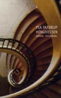 Pia Tafdrups romandebut er blevet genudgivet i en lækker hardback udgave. Omslaget er så hårdt, at når man banker på bogen, lyder den hul. Men HENGIVELSEN er alt andet end hul, den er en fin og stor kærlighedsroman.