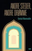 ANDRE STEDER, ANDRE DRØMME er en elegant mosaik af vidunderligt velfortalte noveller, der giver et medrivende og paranoiablottet indblik i et feudalt samfund på landet i Pakistan.