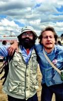 Roskilde Festivals litterære program, Forfatterskabet, tilbyder åndelig føde med højt humør til festivalsgængernes tømmermænd.