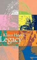 Der er masser af lort mellem roserne i Klaus Høecks nye digtsamling. Hvilket er en del af charmen!