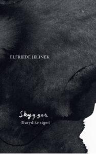 Skriften fosser vredt derudaf i nyoversat Jelinek-monolog. I et langt og krævende udråb dekonstruerer den ældgamle myter, mens den vrisser af alt og alle.