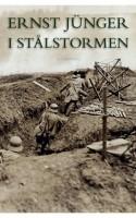 Efter mere end 90 år er Jüngers sublime krigsoptegnelser nu endelig tilgængelige på dansk. Bogen fremstår frisk og udhvilet efter sin lange rejse og tilbyder sin læser et veritabelt bombardement af sanserne. Man tager imod med kyshånd.