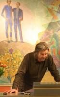 Alle gode bøger er onde. Eller er det omvendt? Der er ondskab på programmet i dette års udgave af 'Tag og læs!' på Testrup Højskole. Mandag talte Karl Ove Knausgård om, hvorfor vi må se på Hitlers barndom for at forstå Holocaust.