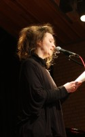 Det blev Ursula Andkjær Olsen, der vandt dette års Montanapris for sin digtsamling DET TREDJE ÅRTUSINDES HJERTE. LitteraturNu var med, da prisen blev uddelt på Testrup Højskole i fredags.