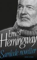 Ingen unødige ledsætninger og helt uden dikkedarer. Hemingways prosa er opslidende og medrivende. Den nydes bedst i mindre doser, og det er netop, hvad SAMLEDE NOVELLER kan tilbyde.