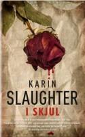 I SKJUL er sikkert guf, hvis man har forelsket sig i Slaughters helte fra Georgiaserien Will Trent og Sara Linton. For alle andre er der forsvindende lidt at komme efter i en krimi, som havde potentiale til mere.