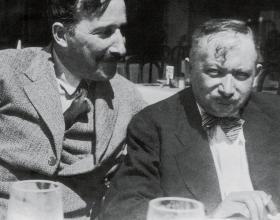 2 Joseph Roth (th.) sammen med forfatterkollegaen Stefan Zweig, 1936